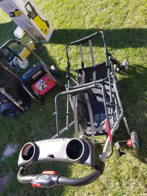 Double carseat Stroller for Sale in Denver, CO