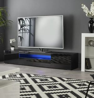 """New tv stand in box/ entertainment center 78"""" for Sale in Fort Lauderdale, FL"""