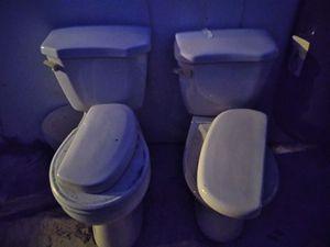Free toilets for Sale in Hialeah, FL