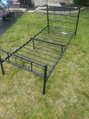 Twin metal bed frame for Sale in Columbus, OH