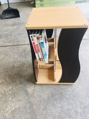 Swivel movie holder for Sale in Vancouver, WA