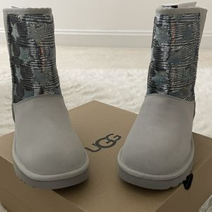 UGG Boots Size 7 for Sale in Manassas, VA