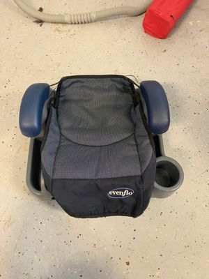 Car seat booster for Sale in Bethesda, MD