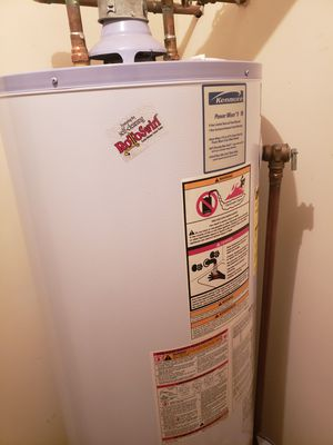 Gas water heater Good condition for Sale in Murfreesboro, TN