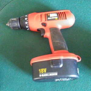Black & Decker drill 18V. NO CHARGER for Sale in Greenville, NC