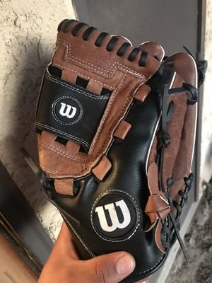"Softball glove 1-14"" 2-12"" for Sale in Turlock, CA"