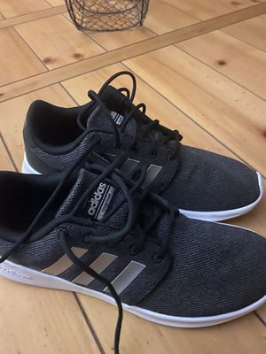 Women's size 8 adidas shoes for Sale in Bethel Park, PA