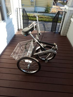 Selling a Three Wheel Folding bike for Sale in Springfield, MA