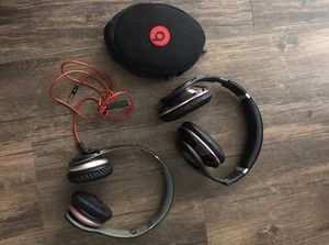 Dr Dre Beats Headphones Wired and Bluetooth bundle of 2 for Sale in Canoga Park, CA