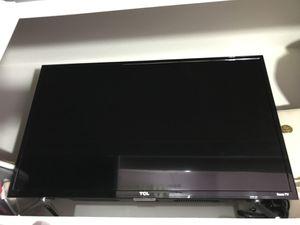 TCL ROKU SMART TV for Sale in Santa Ana, CA