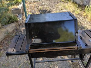 BBQ grill Weber Genesis old style free free free for Sale in San Rafael, CA