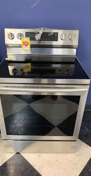 BRAND NEW!! SAMSUNG NE59N6630SG ELECTRIC STOVE Y BB for Sale in Whittier, CA