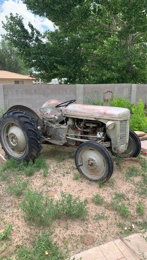 Tractor for Sale in LOS RNCHS ABQ, NM
