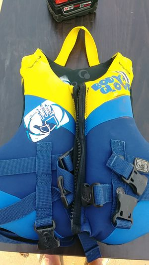Childs life vest for Sale in Amarillo, TX