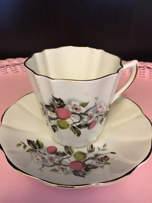 Lefton Bone China (England) vintage tea cup and saucer for Sale in Cornelius, OR