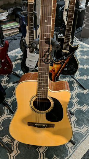 MITCHELL ACOUSTIC GUITAR for Sale in Leesburg, VA