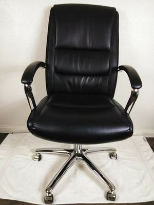 Leather and Chrome Executive Office Chair for Sale in Las Vegas, NV
