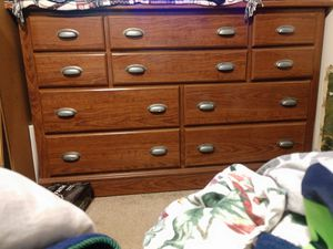 10 drawer dresser for Sale in Edgewood, WA