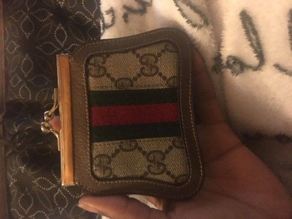 Authentic 1980 gucci