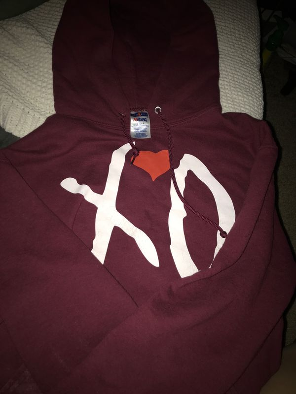 "Custom ""Xo"" The Weekend Sweater"