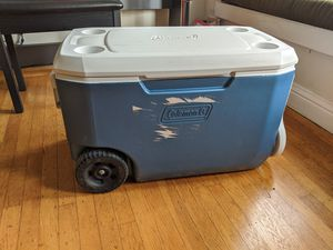 Coleman 62 quart 5 day cooler with wheels for Sale in San Francisco, CA