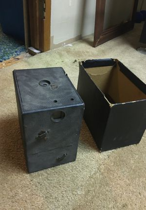 Camera box type old for Sale in Kingston, NY