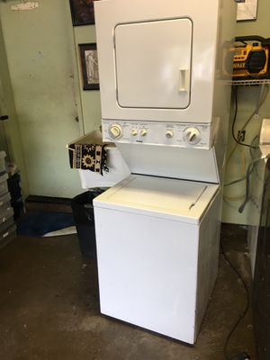 Kenmore stackable washer/dryer for Sale in Waipahu, HI