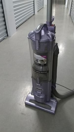 Shark vacuum for Sale in San Antonio, TX