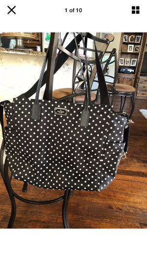 18 X 12 X 7 Kate Spade Diaper Bag w/ changing pad & strap on hooks for Sale in Marshall, MI