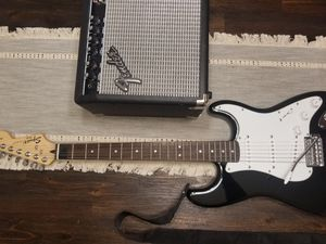 Electric Guitar W/ Whammy Bar, Amp/Amplifier and more for Sale in Aspen Hill, MD