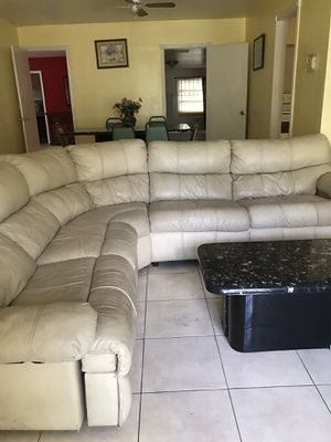 Sectional recliner for Sale in Miami, FL
