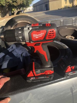 Milwaukee M18 Combo Set with Extra Battery for Sale in Ontario, CA