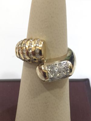 Diamond 14 K Y ladies ring for Sale in Carrollton, TX