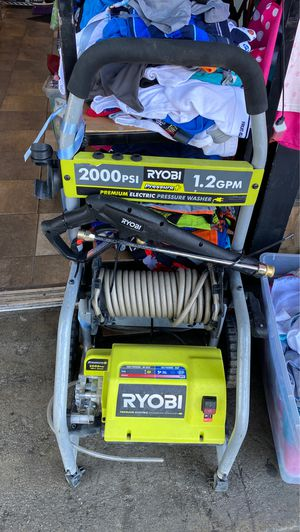 Premium electric pressure washer 2000PSI for Sale in Los Angeles, CA