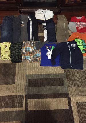 Cloths for Sale in Wayne, MI