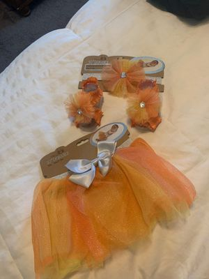 Baby tutu and headband for Sale in Las Vegas, NV