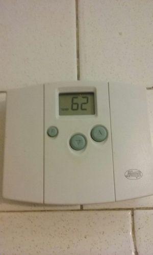 Hunter thermostat for Sale in Stockton, CA