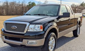 2004 Ford F-150 lariat clean for Sale in Columbus, GA