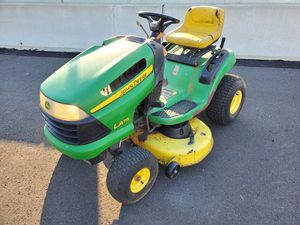"""42"""" LA115 John deere Tractor 19.5 hp briggs for Sale in Bristol, PA"""