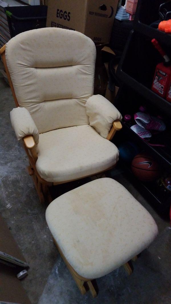 Rocking Chair with Ottoman Slider