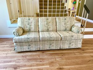 Sofa couch. for Sale in San Jose, CA