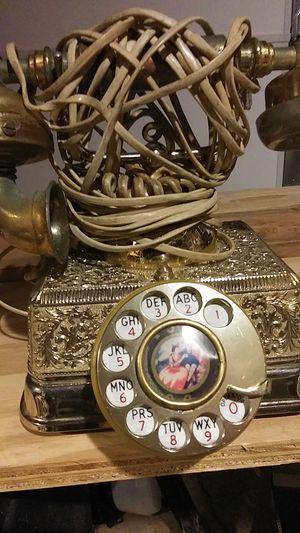 Aliçe and Wondérland Antique phone for Sale in Bray, OK