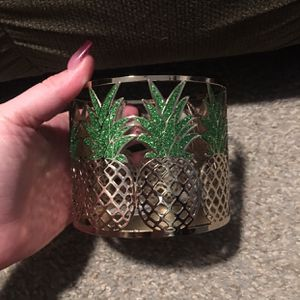 Bath And Body Works 3 Wick Candle Holder Sleeve for Sale in Apple Valley, CA