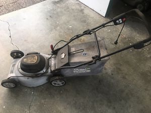 Electric lawn mower for Sale in Carson, CA