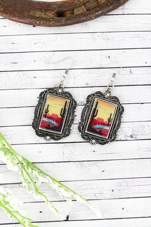 *NEW ARRIVAL* SOUTHWEST FRAMED DESERT ROAD TRIP EARRINGS *See My Other 300 Items* for Sale in Palm Beach Gardens, FL
