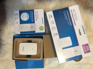Pack of 2 Linksys ac 1200 range extender for Sale in Hamtramck, MI
