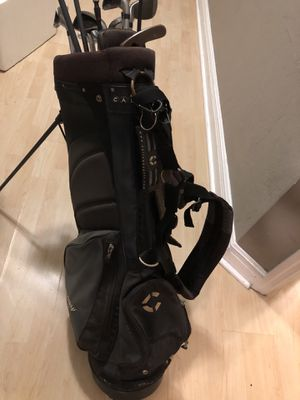 Complete set of men's right handed golf clubs with bag for Sale in Orlando, FL