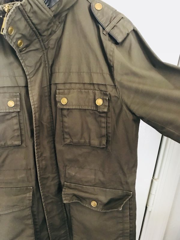 H&M's jackets with hoodie. Size M, Olive green.