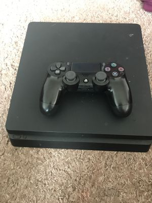 Ps4 one controller it has 2k20 madden 20 gta5 for Sale in Toledo, OH