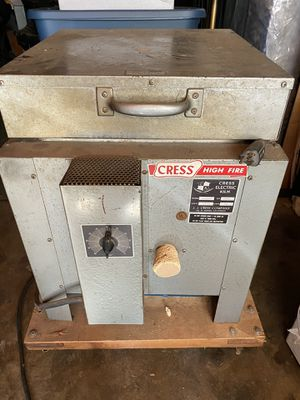 Cress Electric kiln, firing pottery, 120V, 15Amp for Sale in Alhambra, CA